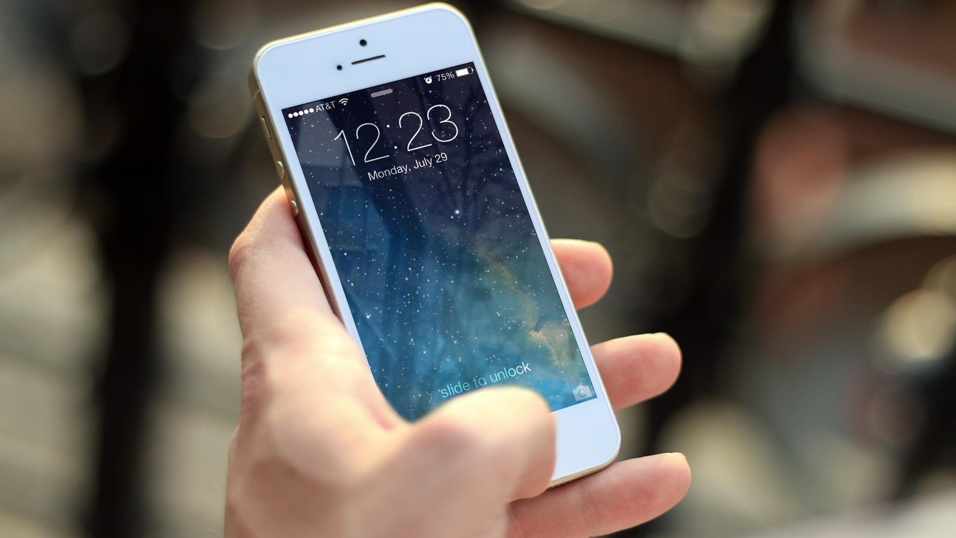 apple-a-moyens-travailler-avec-une-grande-enseigne-une-app.png